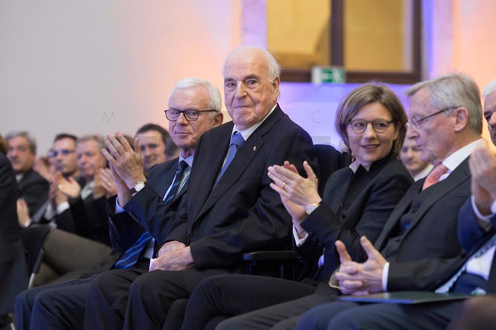 19 DEC 2014, DRESDEN/GERMANY:<br /> Hans-Gerd Poettering (L), CDU, Vorsitzender der Konrad-Adenauer-Stiftungm Helmut Kohl (M), CDU, Bundeskanzler a.D., und Maike Richter-Kohl (R), Ehefrau von Helmut Kohl, Veranstaltung der Konrad-Adenauer-Stiftung am 25. Jahrestag der Rede von Helmut Kohl vor der Ruine der Frauenkirche, Albertinum<br /> IMAGE: 20141219-01-121<br /> KEYWORDS: Frau, Gattin, wife, Applaus, applaudieren, klatschen, Hans-Gerd Pöttering
