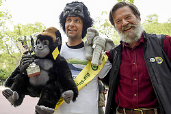 April 29, 2017 - London, UK - London, UK. Met Police officer Tom Harrison, 41, known as ''Mr Gorilla'', celebrates with Ian Redmond, Chairman of The Gorilla Organisation, after finally completing the London Marathon after six days of crawling and raising £23,900 for The Gorilla Organisation. (Credit Image: © Stephen Chung/London News Pictures via ZUMA Wire)