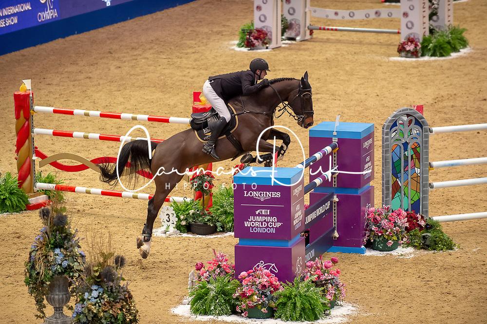 KarelCox (BEL) & Evert - THE LONGINES FEI JUMPING WORLD CUP™ - Olympia, The London International Horse Show - Olympia, London, United Kingdom - 22 December 2018 ©FEI / JON STROUD MEDIA