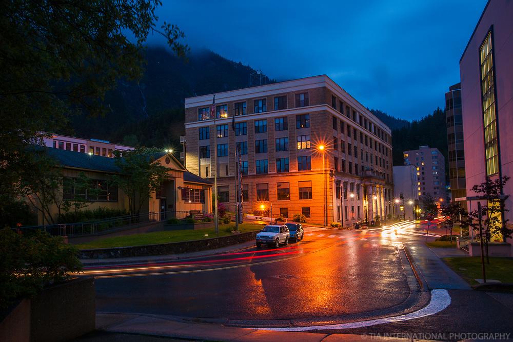 Juneau-Douglas City Museum (left) & Alaska State Capitol