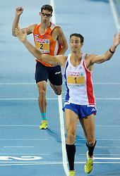 29-07-2010 ATLETIEK: EUROPEAN ATHLETICS CHAMPIONSHIPS: BARCELONA<br /> Tienkamper Eelco Sintnicolaas pakt de zilveren medaille en de winnaar Romain Barras FRA<br /> ©2010-WWW.FOTOHOOGENDOORN.NL