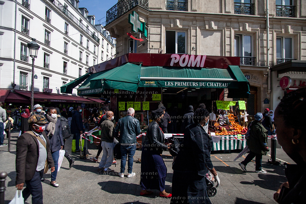 Barbes is one of the most dynamic neighborhood, it's so busy because of its cheap food markets.