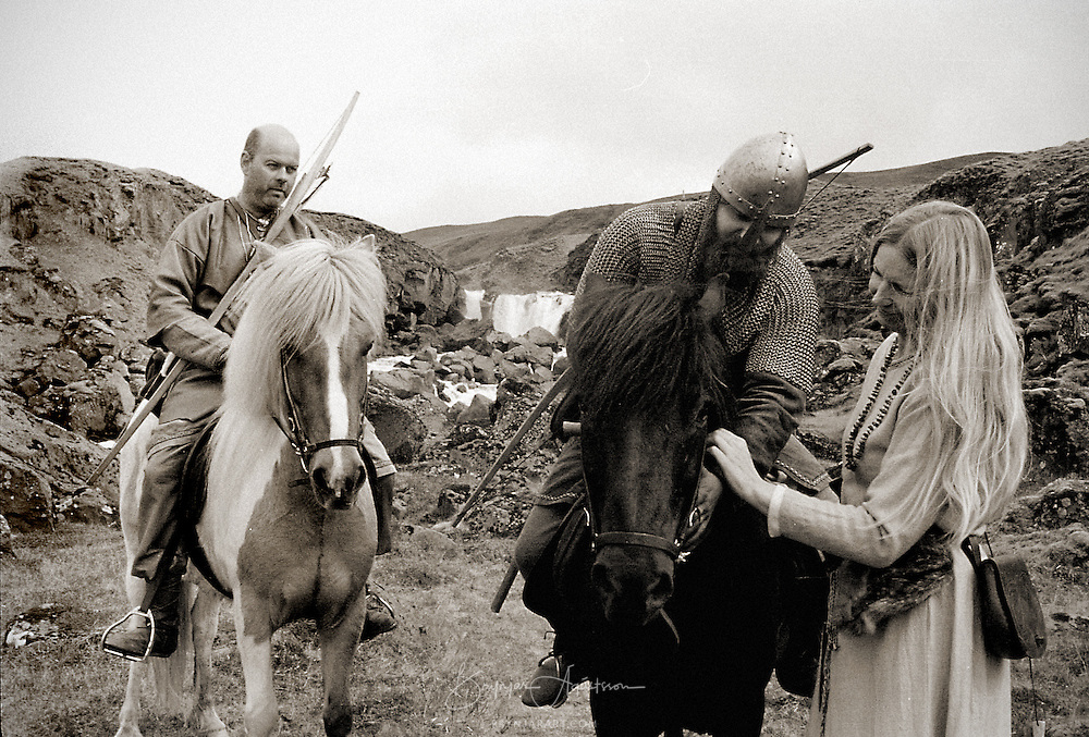 A viking wife saying farewell to her husband on his way to Althingi.