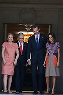 100918 Spanish Royals attend a lunch with President of Chile at Zarzuela Palace