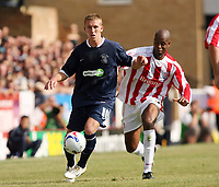 Photo: Chris Ratcliffe.<br />Southend United v Stoke City. Coca Cola Championship.<br />05/08/2006.<br />Freddy Eastwood (L) of Southend holds off Michael Duberry of Stoke.