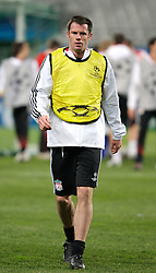MARSEILLE, FRANCE - Monday, December 10, 2007: Liverpool's Jamie Carragher training at the Stade Velodrome ahead of the final UEFA Champions League Group A match against Olympique de Marseille. Liverpool must win to progress to the knock-out stage. (Photo by David Rawcliffe/Propaganda)