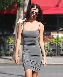 August 2, 2018 - New York City, New York, USA - 8/1/18.Emily Ratajkowski is seen in New York City. (Credit Image: © Starmax/Newscom via ZUMA Press)