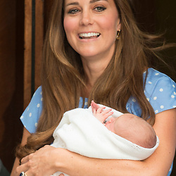 London.St Mary's Hospital,Lindo Wing.Pic Shows HRH The Duchess of Cambridge with their baby boy