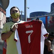 Anti-racism 'Take The Knee' protest takes place outside Emirates Stadium