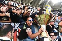 tifosi Juventus con coppa scudetto supporters with the cup<br /> Esultanza Juventus Campione d'Italia . Celebration Juventus Italian championship winner <br />  Torino 21-05-2017 Juventus Stadium Football Calcio Serie A 2016/2017 Juventus - Crotone .<br /> Foto Image Sport / Insidefoto