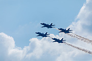 Blue Angels perform at Airventure 2017.