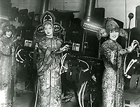 1927 Ushers with projectors at Grauman's Chinese Theatre