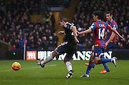 Cesar Azpilicueta of Chelsea takes a shot for goal. Barclays Premier League match, Crystal Palace v Chelsea at Selhurst Park in London on Sunday 3rd Jan 2016. pic by John Patrick Fletcher, Andrew Orchard sports photography.