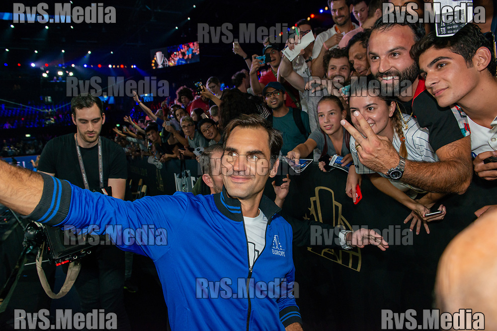 GENEVA, SWITZERLAND - SEPTEMBER 22: Roger Federer of Team Europe takes selfie with fans during Day 3 of the Laver Cup 2019 at Palexpo on September 20, 2019 in Geneva, Switzerland. The Laver Cup will see six players from the rest of the World competing against their counterparts from Europe. Team World is captained by John McEnroe and Team Europe is captained by Bjorn Borg. The tournament runs from September 20-22. (Photo by Robert Hradil/RvS.Media)