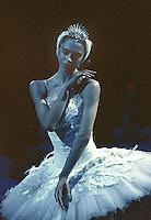 English National Ballet in Derek Deane's Swan Lake in the round
