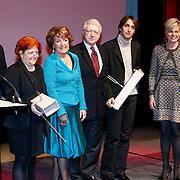 BEL/Brussel/20130319- Uitreiking Prinses Margriet Award 2013, uitreiken prijzen aan laueraten aan Dan en Lia Perjovschi en dirigent Yoel Gamzou