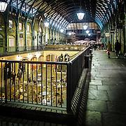 Locali nella galleria di Covent Garden<br /> <br /> Bars and restaurants in the gallery of Govent Garden