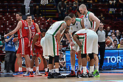 DESCRIZIONE : Beko Final Eight Coppa Italia 2016 Serie A Final8 Finale Olimpia EA7 Emporio Armani Milano - Sidigas Scandone Avellino<br /> GIOCATORE : Team Sidigas Scandone Avellino<br /> CATEGORIA : Time Out Fair Play<br /> SQUADRA : Sidigas Scandone Avellino<br /> EVENTO : Beko Final Eight Coppa Italia 2016<br /> GARA : Finale Olimpia EA7 Emporio Armani Milano - Sidigas Scandone Avellino<br /> DATA : 21/02/2016<br /> SPORT : Pallacanestro <br /> AUTORE : Agenzia Ciamillo-Castoria/L.Canu
