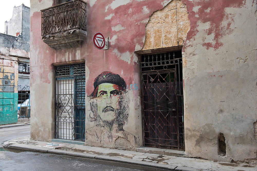 Havana, Cuba - October 2015: A mural of Che Guevara in the street of Old Havana