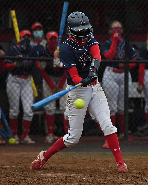 Robert Morris Softball vs. Youngstown State at the North Athletic Complex on April 24, 2021 in Moon Township, Pennsylvania. (Photo by Justin Berl/RMU Athletics)