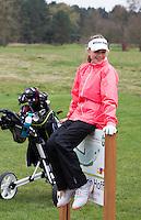 LOCHEM -  Noa van Beek . Jeugdgolf op de  Lochemse Golf Club De Graafschap. COPYRIGHT KOEN SUYK