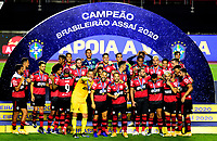 SAO PAULO, BRAZIL - FEBRUARY 25: Players of CR Flamengo celebrates the championship ,after a Brasileirao Serie A 2020 match between Sao Paulo FC and CR Flamengo at Morumbi Stadium on February 25, 2021 in Sao Paulo, Brazil. (Photo by MB Media/BPA)