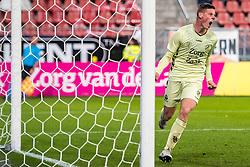 27-09-2018 NED: FC Utrecht - MVV Maastricht, Utrecht<br /> First round Dutch Cup stadium Nieuw Galgenwaard / Nick Venema #29 of Utrecht scores the 2-0.