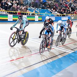 29-12-2018: Wielrennen: NK Baan: Apeldoorn<br /> De keirin finale bij de vrouwen werd gewonnen door Laurine van RIessen voorr Hetty van der Wouw en Steffie van der Peet