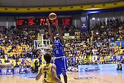 Zabian Dowdell<br /> Fiat Torino - Mia Cantu<br /> Lega Basket Serie A 2016/2017<br /> Torino 26/03/2017<br /> Foto Ciamillo-Castoria
