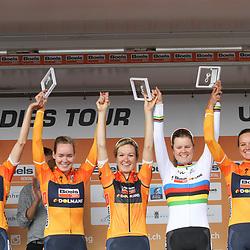 03-09-2017: Wielrennen: Boels Ladies Tour: Sittard: Boels-Dolmans wint het ploegenklassement