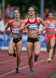 29.05.2016, Moeslestadion, Goetzis, AUT, 42. Hypo Meeting Goetzis 2016, Siebenkampf der Frauen, 800 Meter, im Bild v. l. Jessica Zelenka (CAN), Anna Maiwald (GER) // Jessica Zelenka of Canada ( L ) Anna Maiwald of Germany ( R ) during the 800 metres event of the Heptathlon competition at the 42th Hypo Meeting at the Moeslestadion in Goetzis, Austria on 2016/05/29. EXPA Pictures © 2016, PhotoCredit: EXPA/ Peter Rinderer