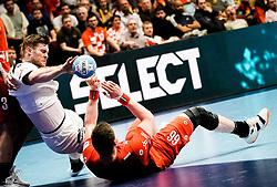 22.01.2020, Wiener Stadthalle, Wien, AUT, EHF Euro 2020, Deutschland vs Tschechien, Hauptrunde, Gruppe I, im Bild v. l. Johannes Golla (GER), Stepan Zeman (CZE) // f. l. Johannes Golla (GER) Stepan Zeman (CZE) during the EHF 2020 European Handball Championship, main round group I match between Germany and Czech Republic at the Wiener Stadthalle in Wien, Austria on 2020/01/22. EXPA Pictures © 2020, PhotoCredit: EXPA/ Florian Schroetter