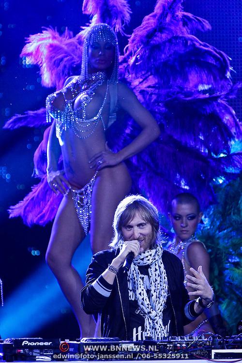 MON/Monte Carlo/20100512 - World Music Awards 2010, David Guetta met showdanseres