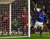 Fotball<br /> Premier League 2004/2005<br /> 06.11.2004<br /> Foto: BPI/Digitalsport<br /> NORWAY ONLY<br /> <br /> Liverpool v Birmingham City<br /> <br /> Darren Anderton celebrates his opening goal beside a stunned Liverpool defence l-r Harry Kewell, Chris Kirkland and Samy Hyypia