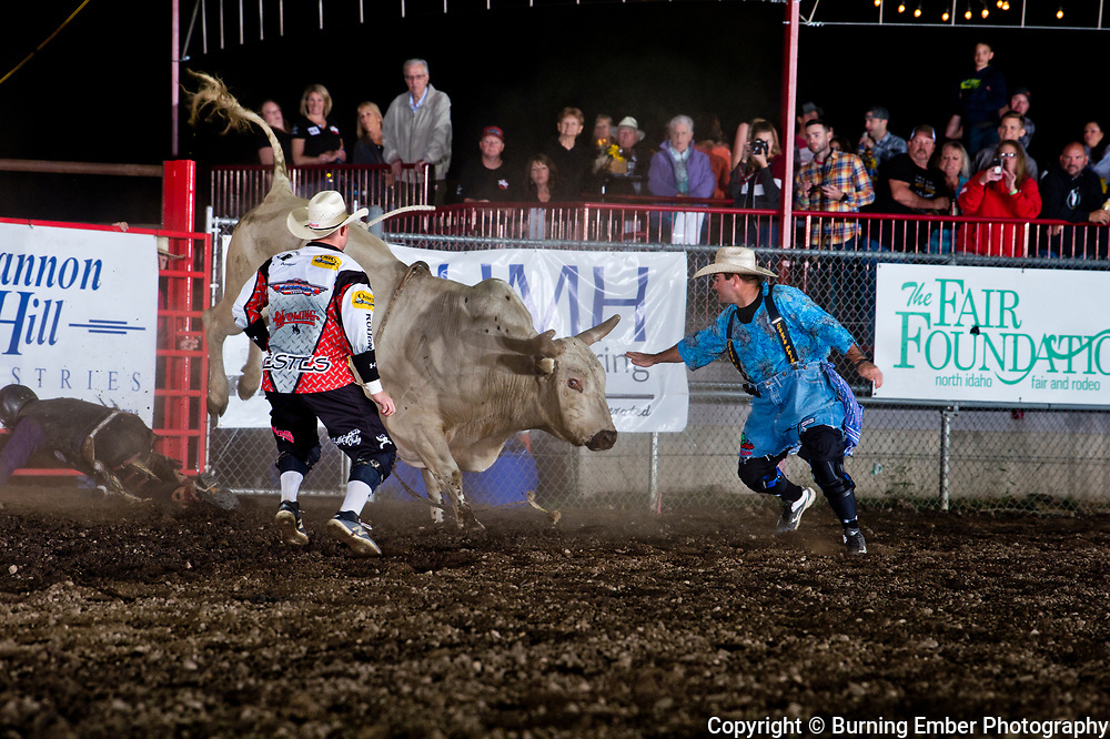 Justin Houston on Corey & Lang'es Bull American Grit during the 2nd perf at the Gem State Stampede August 25th, 2018 2nd perf in Couer D'Alene ID.  Photo by Josh Homer/Burning Ember Photography.  Photo credit must be given on all uses.