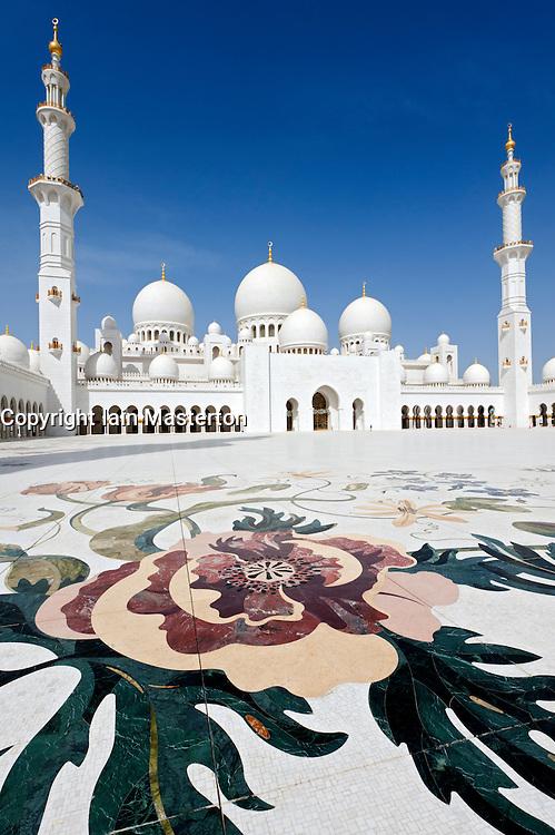 Sheikh Zayed Bin Sultan Al Nahyan Mosque in Abu Dhabi, United Arab Emirates, UAE