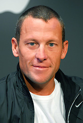 Lance Armstrong attends the Nike and Apple product collaboration press announcement held at the Chelsea Piers on May 23, 2006 in New York City, NY, USA. Photo by Gregorio Binuya/Cameleon/ABACAPRESS.COM  | 98444_02 New York City Unitd