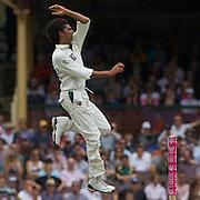 Mohammad Asif bowling during the Australia V Pakistan 2nd Cricket Test match at the Sydney Cricket Ground, Sydney, Australia, 3 January 2010. Photo Tim Clayton