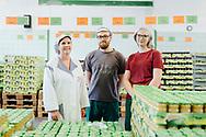 20.06.2018 Hainich Konserven GmbH, Niederdorla.<br /> <br /> GF Cornelia Beau, Jakob Hinsche  2.Lehrjahr, Viviann Grimm 2. Lehrjahr<br /> <br /> ©Harald Krieg