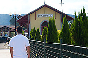 Itabirito_MG, Brasil...Estacao ferroviaria em Itabirito, Minas Gerais...The railway station in Itabirito, Minas Gerais...Foto: JOAO MARCOS ROSA / NITRO