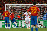 Photo: Glyn Thomas.<br />Spain v Tunisia. FIFA World Cup 2006. 19/06/2006.<br /> Spain's Fernando Torres (second from L) scores his side's third goal from the penalty spot.