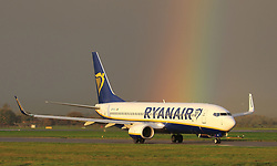 Pictured: Ryanair Boeing 737 at Glasgow International Airport on the 25th October 2017.<br /> <br /> <br /> © Stephen Smyth/ EEm