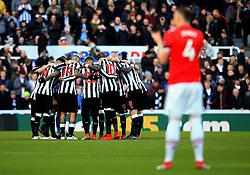 Newcastle United players huddle before kick off - Mandatory by-line: Matt McNulty/JMP - 11/02/2018 - FOOTBALL - St James Park - Newcastle upon Tyne, England - Newcastle United v Manchester United - Premier League