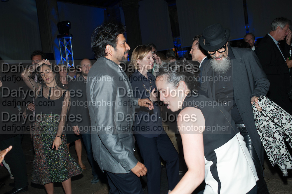 SIDDARTHA MUKHERJEE;; SARAH SZE;  ROBERT D'AGUSTINA; , The Bronx Museum of the Arts, Tanya Bonakdar Gallery and the Victoria Miro Gallery host a reception and dinner in honor of Sarah Sze: Triple Point. Representing the United States of America at the 55th Biennale di Venezia with the Co  Commissioners of the  U. S. Pavilion Holly Block, Executive Director of the Bronx Museum of the arts  and Carey Lovelace. <br /> <br /> Rialto Fish market. Venice. . 29 May 2013