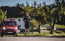 29.09.2018, Energie AG Skisprung Arena, Hinzenbach, AUT, FIS Ski Sprung, Sommer Grand Prix, Hinzenbach, im Bild Daniel Huber (AUT) // Daniel Huber of Austria during FIS Ski Jumping Summer Grand Prix at the Energie AG Skisprung Arena, Hinzenbach, Austria on 2018/09/29. EXPA Pictures © 2018, PhotoCredit: EXPA/ JFK