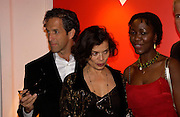 Kenneth Cole, Bianca Jagger, ( red: Hiv girl in book, Mario Testino.- Mario Testino, Bianca Jagger and Kenneth Cole celebrate Women to Women: Positively Speaking. - A publication to raise awareness of women living with Aids. The Orangery, Kensington Palace. 2 December 2004. ONE TIME USE ONLY - DO NOT ARCHIVE  © Copyright Photograph by Dafydd Jones 66 Stockwell Park Rd. London SW9 0DA Tel 020 7733 0108 www.dafjones.com