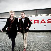 Nederland,Ammerzoden ,4 februari 2008..Raymond Vrijenhoek en Marianne Romein van Kras Reizen.