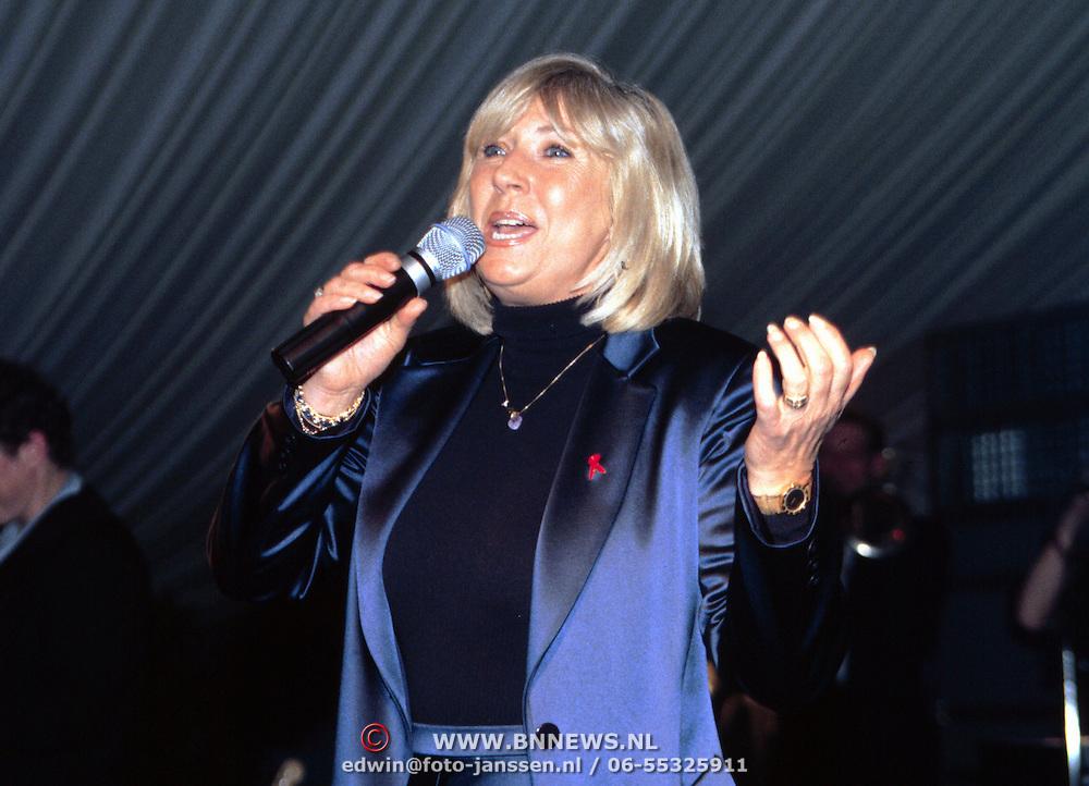 Nieuwjaarsreceptie Strengholt 1997, optreden Willeke Alberti