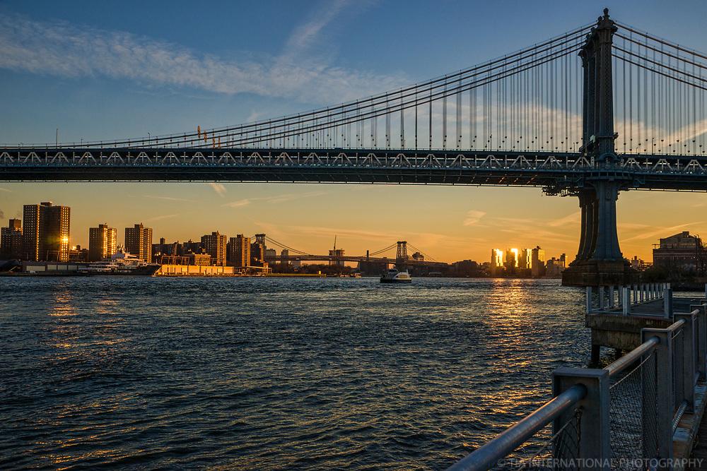 Manhattan Bridge @ Sunrise