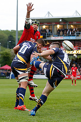 Bristol Rugby Lock Mark Sorenson attempts to charge down the clearance from Worcester Scrum-Half JB Bruzulier - Photo mandatory by-line: Rogan Thomson/JMP - 07966 386802 - 27/05/2015 - SPORT - Rugby Union - Worcester, England - Sixways Stadium - Worcester Warriors v Bristol Rugby - Greene King IPA Championship Play-Off Final 2nd Leg.